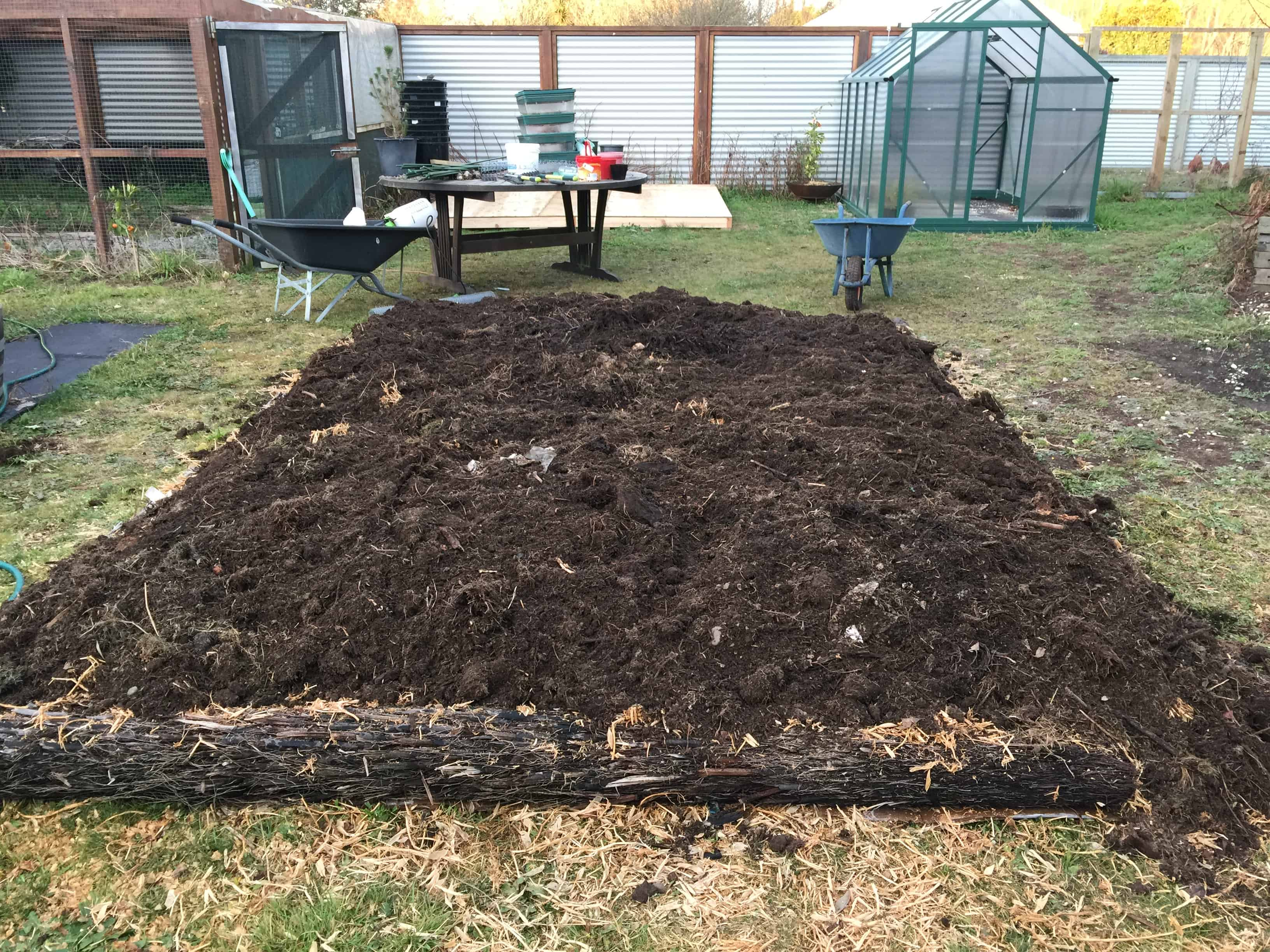 No dig vegetable gardens with raised garden beds -  No Dig Gardening